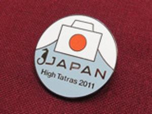 日本選手団ピンバッジ