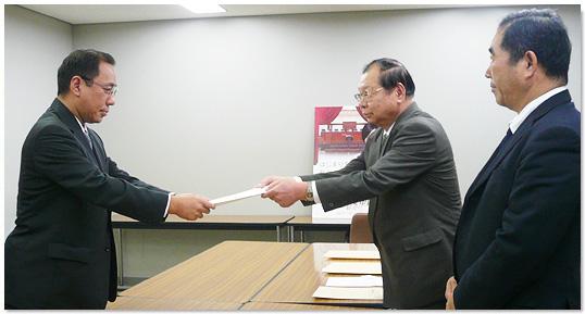 10月16日に法務省と最高裁判所へ「裁判員制度に関する要望」を提出